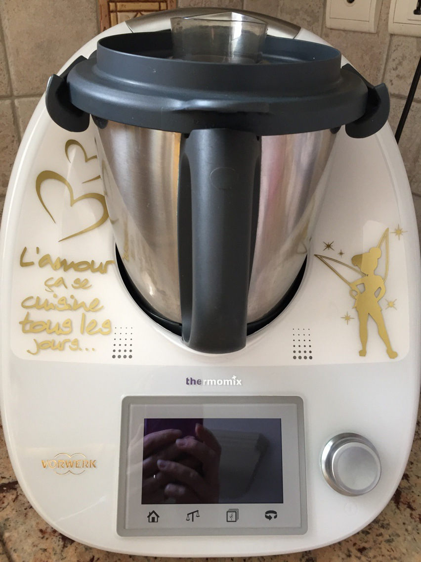 Robot cuiseur a la vapeur thermomix worwerk